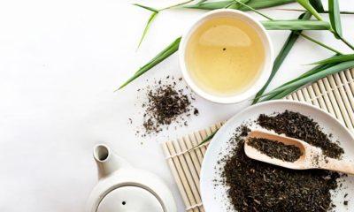 Beneficios de tomar té blanco en el desayuno